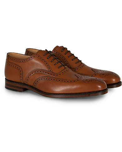 Loake 1880 Buckingham Brogue Brown Burnished Calf  ryhmässä Kengät / Brogue-kengät @ Care of Carl (10629311r)