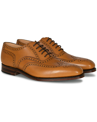Loake 1880 Buckingham Brogue Tan Burnished Calf ryhmässä Kengät / Brogue-kengät @ Care of Carl (10629511r)