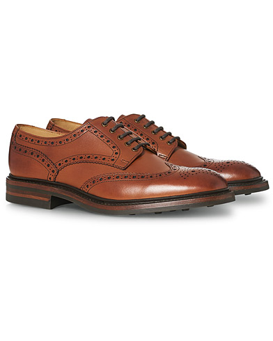 Loake 1880 Chester Dainite Brogue Mahogany Burnished Calf ryhmässä Kengät / Brogue-kengät @ Care of Carl (11613411r)