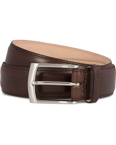 Loake 1880 Henry Leather Belt 3,3 cm Dark Brown ryhmässä Asusteet / Vyöt / Sileät vyöt @ Care of Carl (11631911r)
