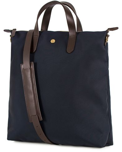 Mismo M/S Nylon Shopper Bag Navy/Dark Brown  ryhmässä Asusteet / Laukut / Tote-laukut @ Care of Carl (13240510)