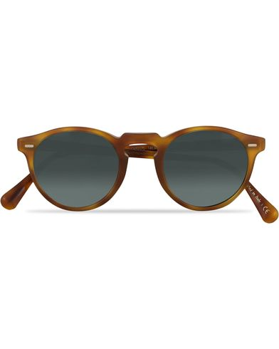 Oliver Peoples Gregory Peck Sunglasses Semi Matte/Indigo Photochromic  ryhmässä Asusteet / Aurinkolasit / Pyöreät aurinkolasit @ Care of Carl (13787310)