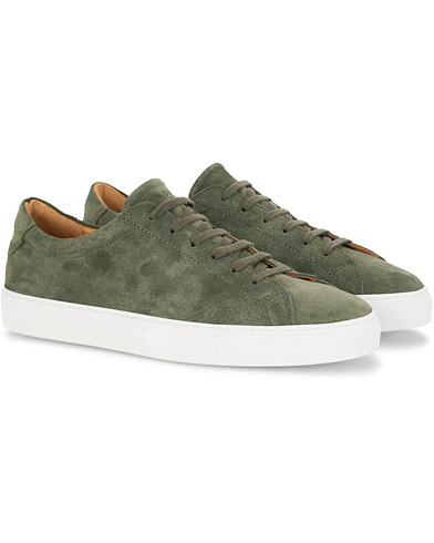 A Day's March Marching Sneaker Olive Suede ryhmässä Kengät / Tennarit @ Care of Carl (16010111r)