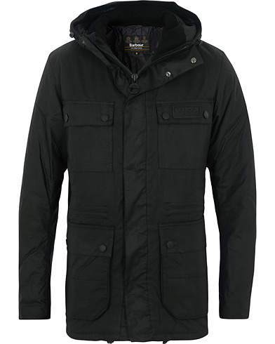 Barbour International Imboard Parka Black ryhmässä Vaatteet / Takit / Parkatakit @ Care of Carl (16234511r)