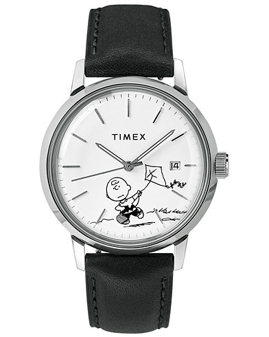 Timex Marlin Automatic Charlie Brown Black/White Dial  ryhmässä Asusteet / Kellot @ Care of Carl (16606710)