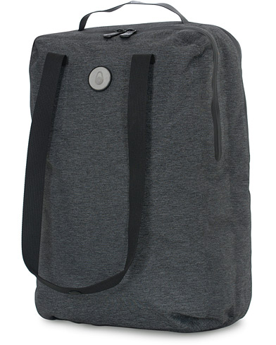 Sail Racing Race Tote Bag Dark Grey Melange  ryhmässä Asusteet / Laukut @ Care of Carl (16661410)