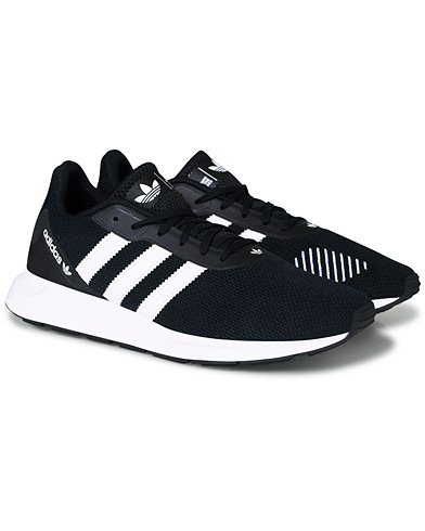 adidas Originals Swift Run Sneaker Black ryhmässä Kengät / Tennarit @ Care of Carl (16714811r)