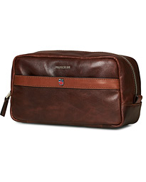 Coleman Leather Washbag Chestnut Brown