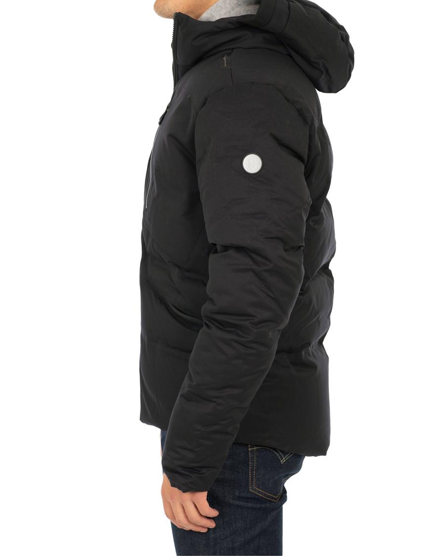 Sail Racing Race Wool Hooded Jacket Carbon osoitteesta