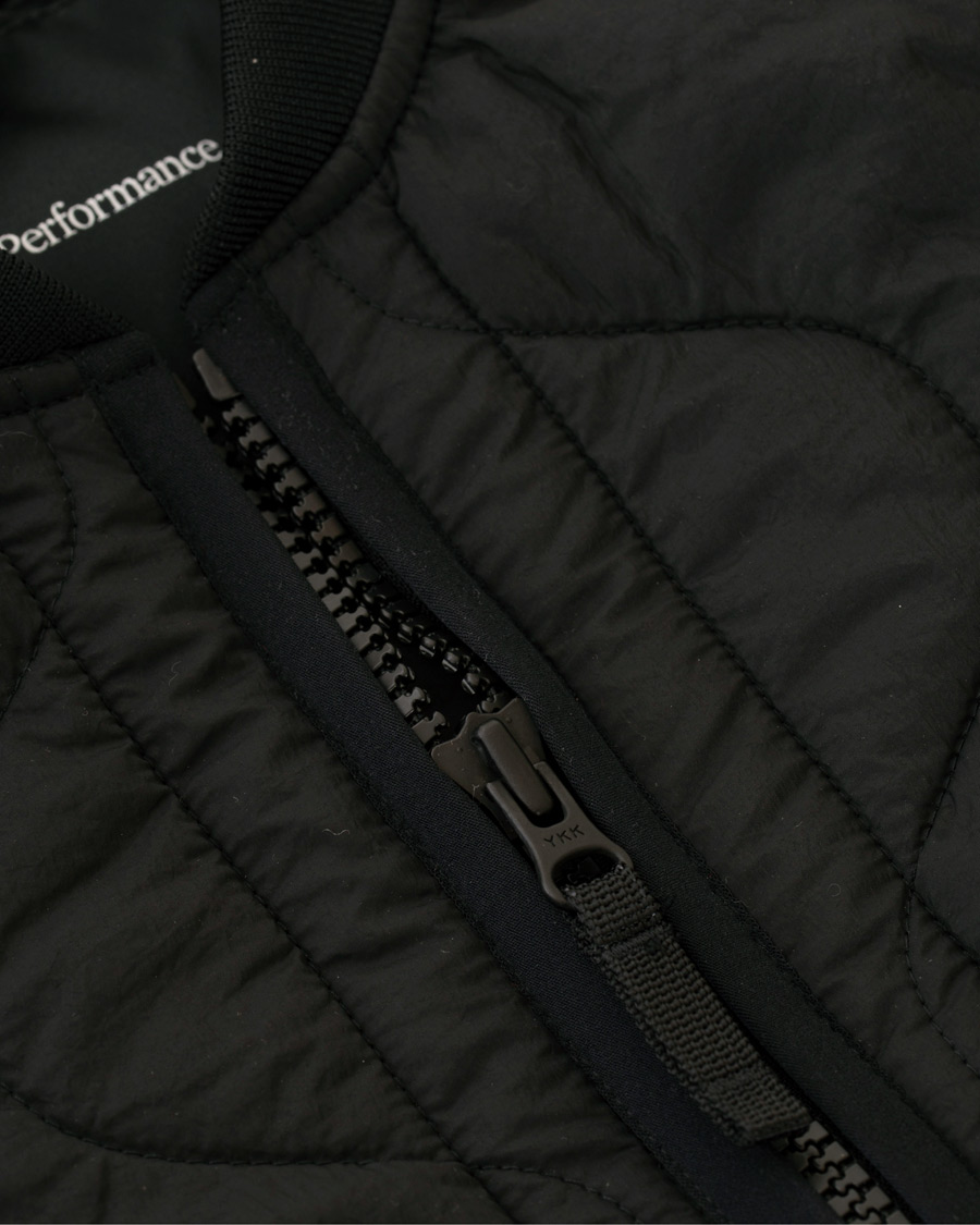 Peak Performance X7 Liner Quilted Jacket Black osoitteesta